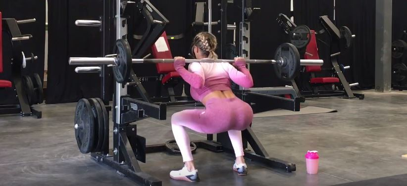 Squatting camille lola fit